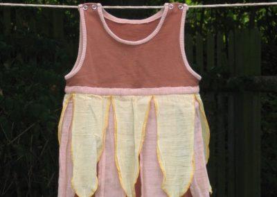 Kleid Sandelfe