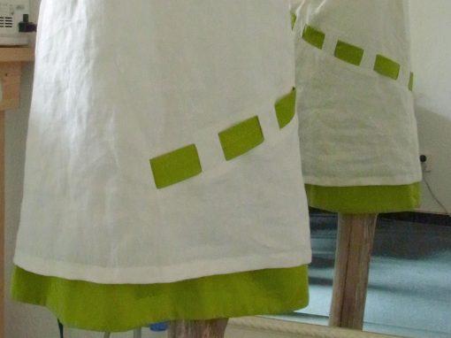 Brautkleid grünes Band