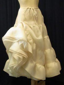 petticoat-bio